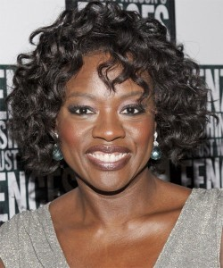 Viola Davis curly hairstyle picture