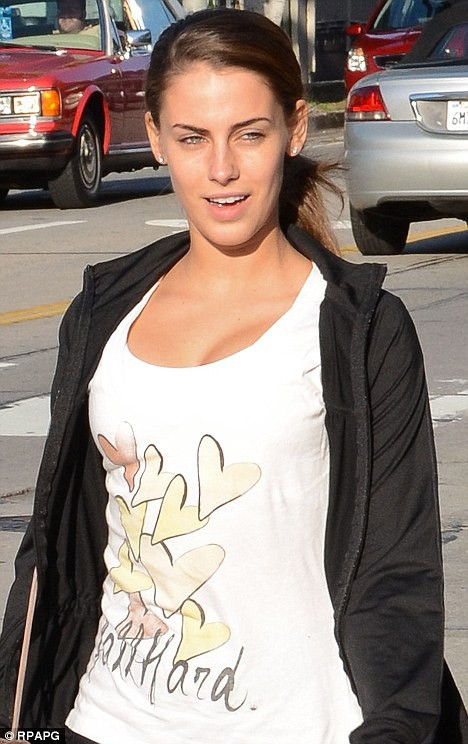 Photo Jessica Lowndes without makeup