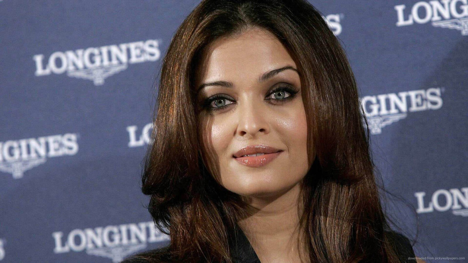 40 Aishwarya Rai Bachchan Wallpapers Hd Download