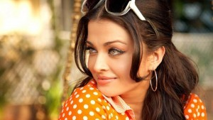 Aishwarya Rai Bachchan in glasses picture