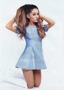 Ariana Grande in blue dress