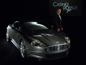 HD Aston Martin db9 Casino Royal 007