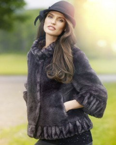 Photo Bianca Balti in the hat