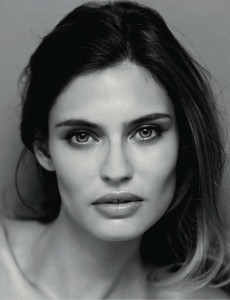 Photo Bianca Balti face, lips, makeup
