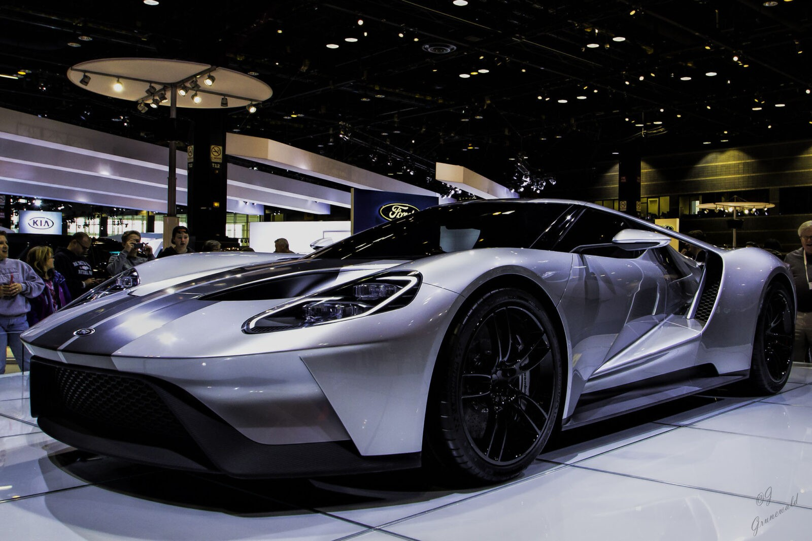 Ford GT 2016 exterior 2
