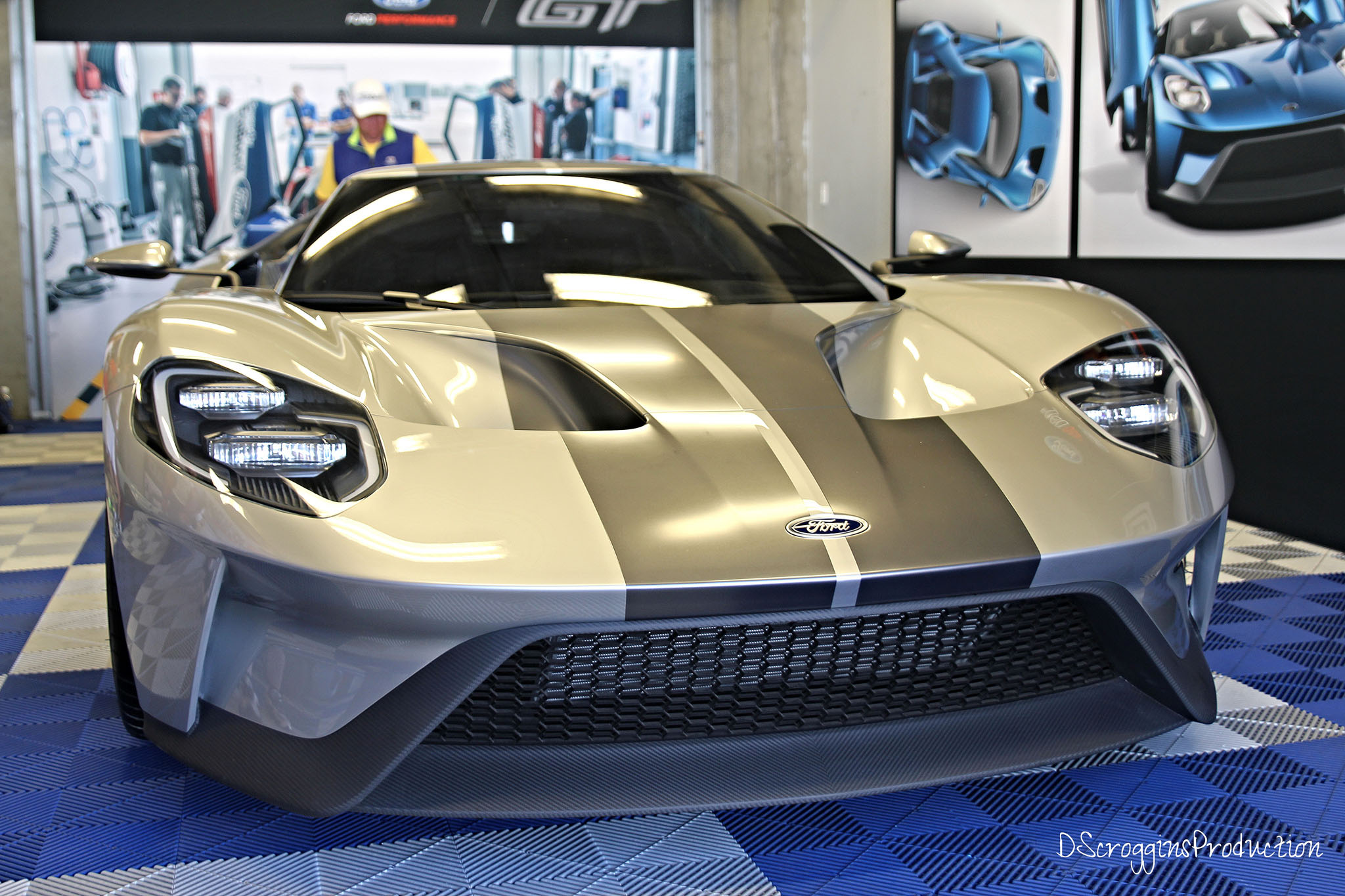 Ford GT 2016 silver