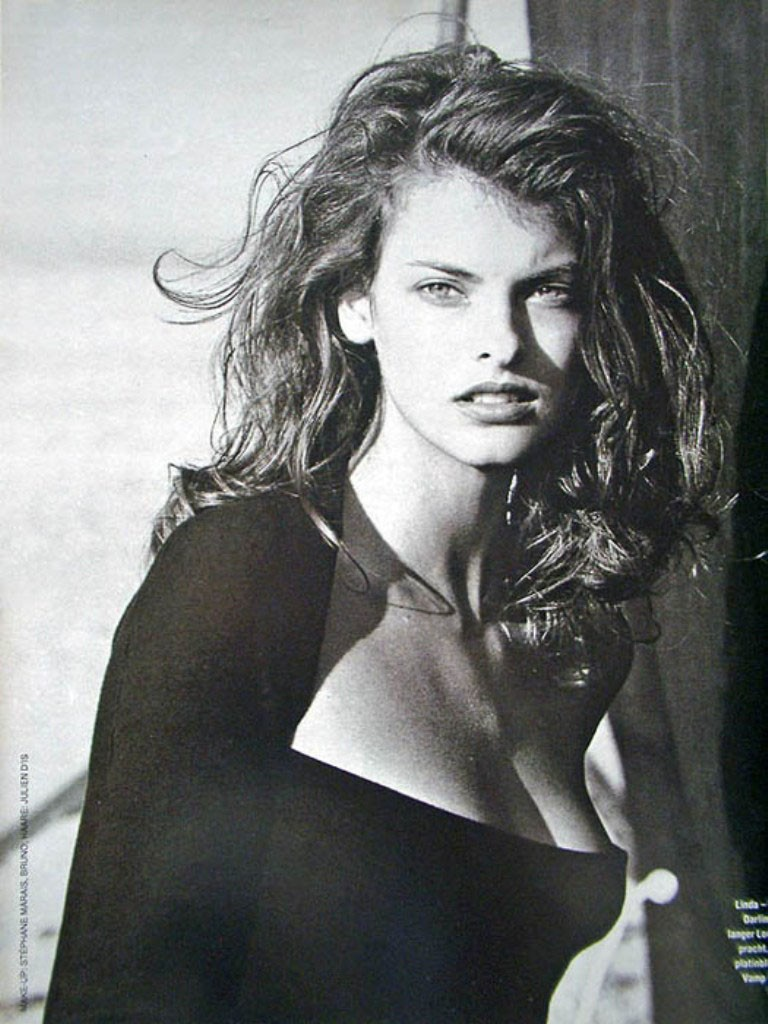 13 Linda Evangelista Hd Wallpapers Download