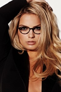 Margot Robbie glasses