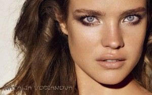 Picture face close-up of Natalia Vodianova