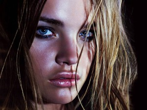 Free image Natalia Vodianova blue eyes, face close-up