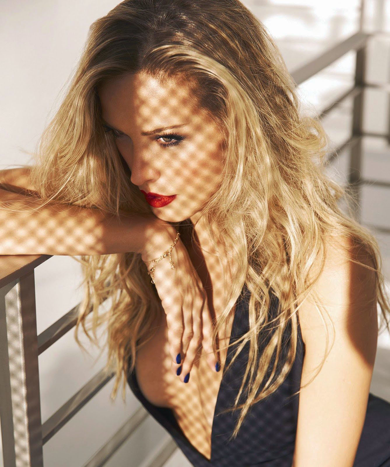 Charming Petra Nemcova in the morning wallpaper