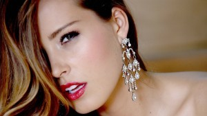 Petra Nemcova wears Earrings HD photo