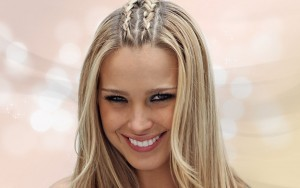 Petra Nemcova picture, extraordinary hairstyle