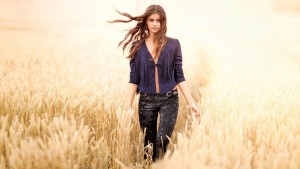 wallpaper Latest Taylor Hill on the field