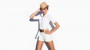 White background Taylor Hill