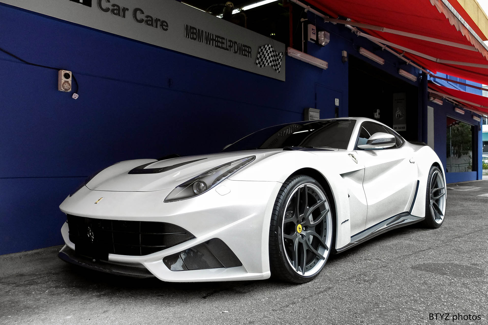 Ferrari F12 Berlinetta Hd Wallpapers High Resolution Download