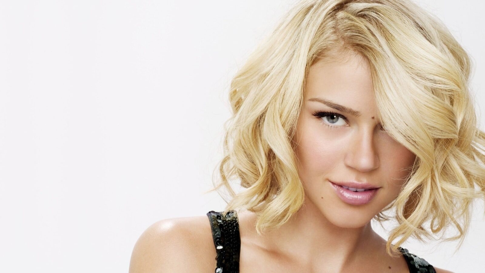 Adrianne Palicki High Quality
