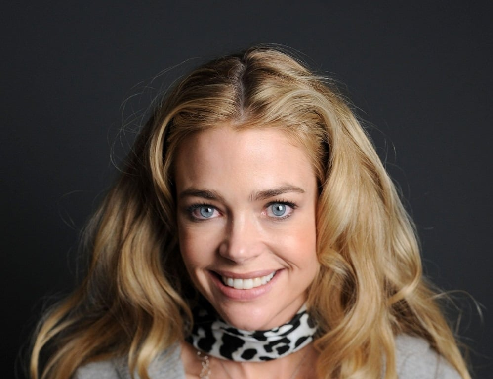 Pretty Denise Richards smiling