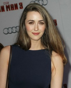 Madeline Zima best theme for iPhone