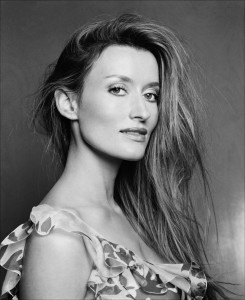 Natascha Mcelhone iPhone wallpapers