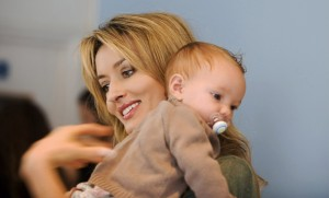 Natascha Mcelhone with baby Desktop HD