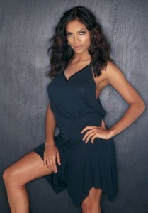 Rosario Dawson night dress pic