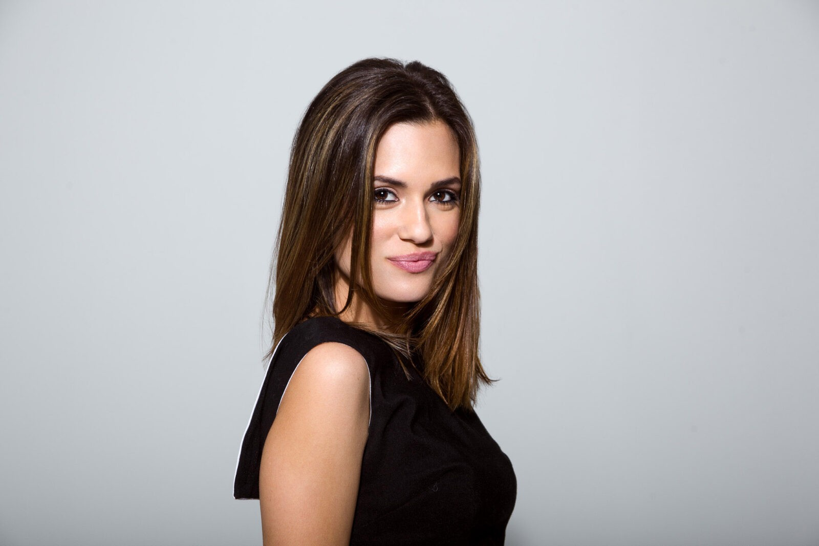 Torrey Devitto high quality picture