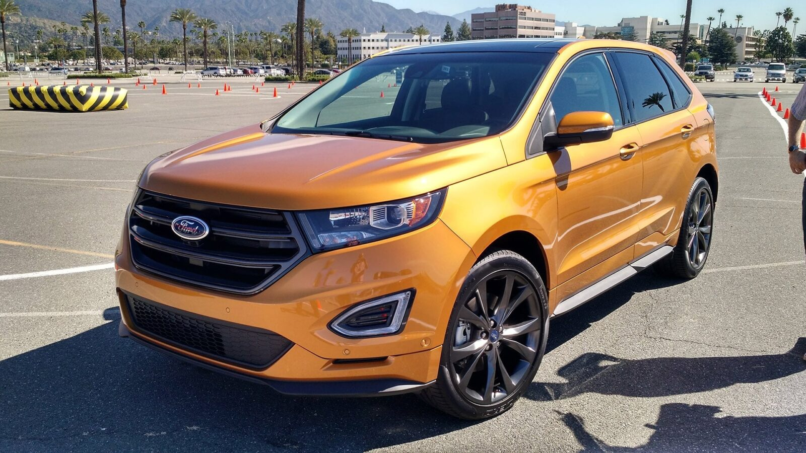 2015 Ford Edge Sport pictures