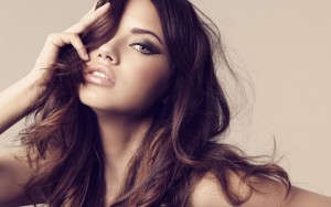 Adriana Lima hairstyle full HD image