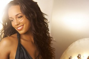 Alicia Keys smile 2015