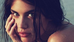 Amazing face of Sara Sampaio wallpaper