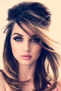 Image of Ana de Armas for Android makeup