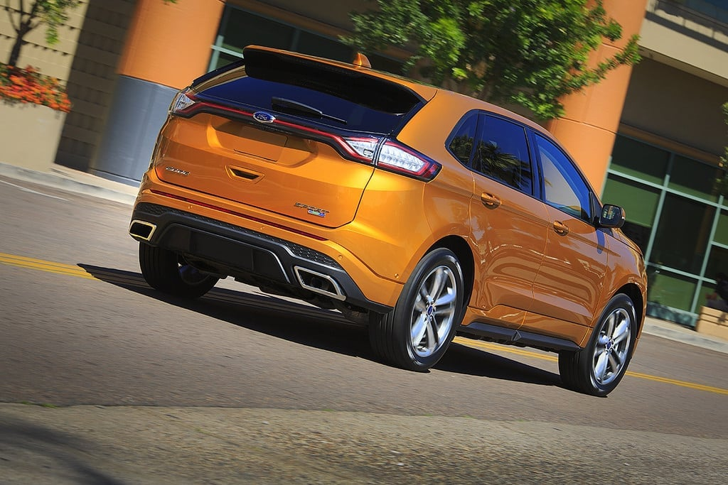 Image of Back Ford Edge 2015