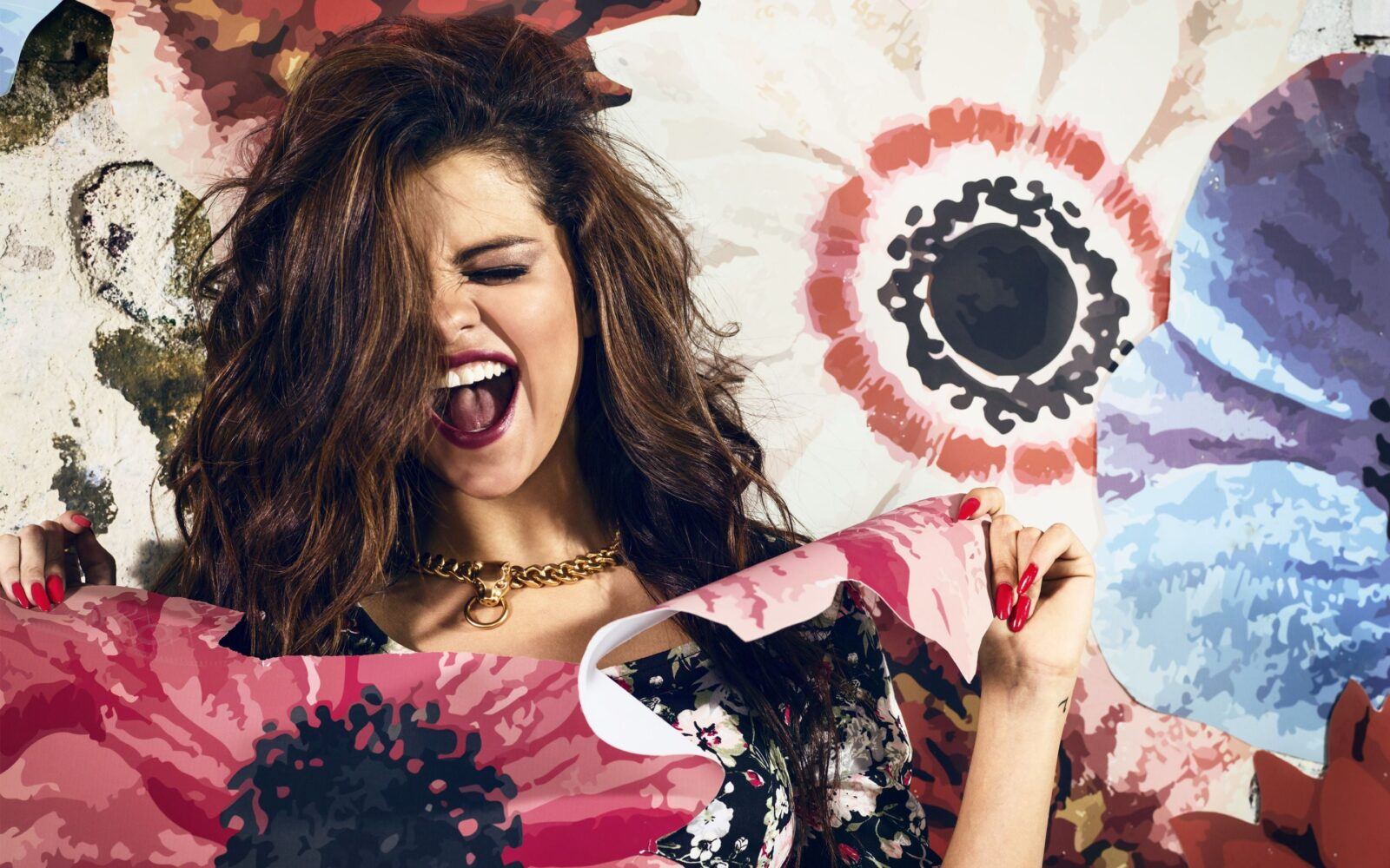 Crazy Selena Gomez High Resolution wallpaper