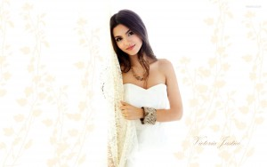 Cute Victoria Justice High Resolution wallpaper