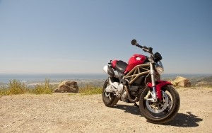 Ducati Monster 696 HD pictures