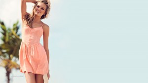 Funny Romee Strijd in light pink dress