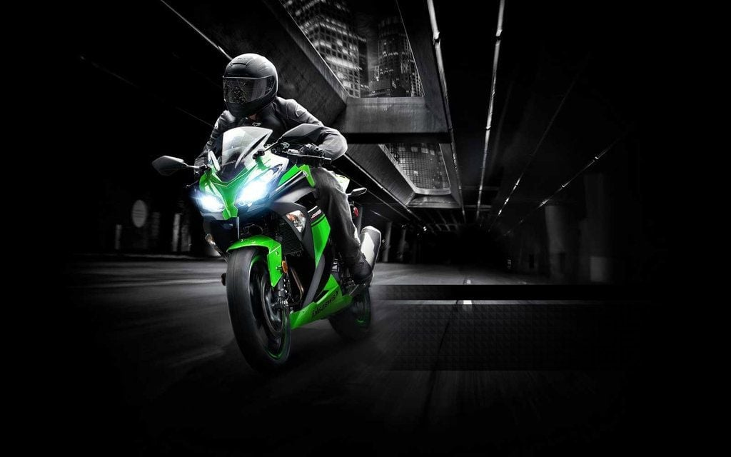 Kawasaki Ninja 300 High Quality Wallpapers