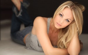 Laura Vandervoort HD for desktop