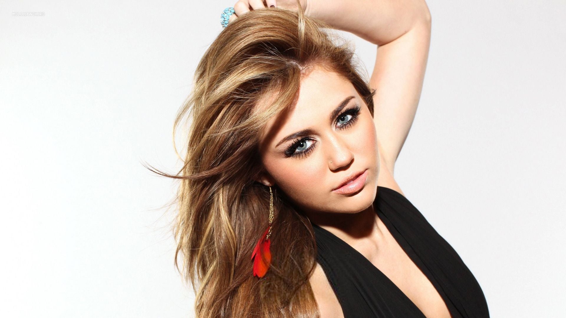 39+ miley cyrus wallpapers hd download