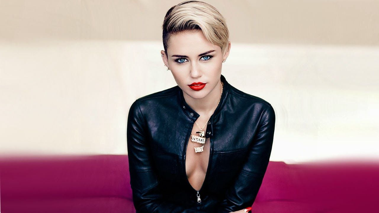 Awesome Miley Cyrus short hair picture