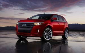 Red Ford Edge 2015