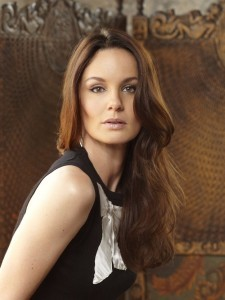 Sarah Wayne Callies iPhone pictures