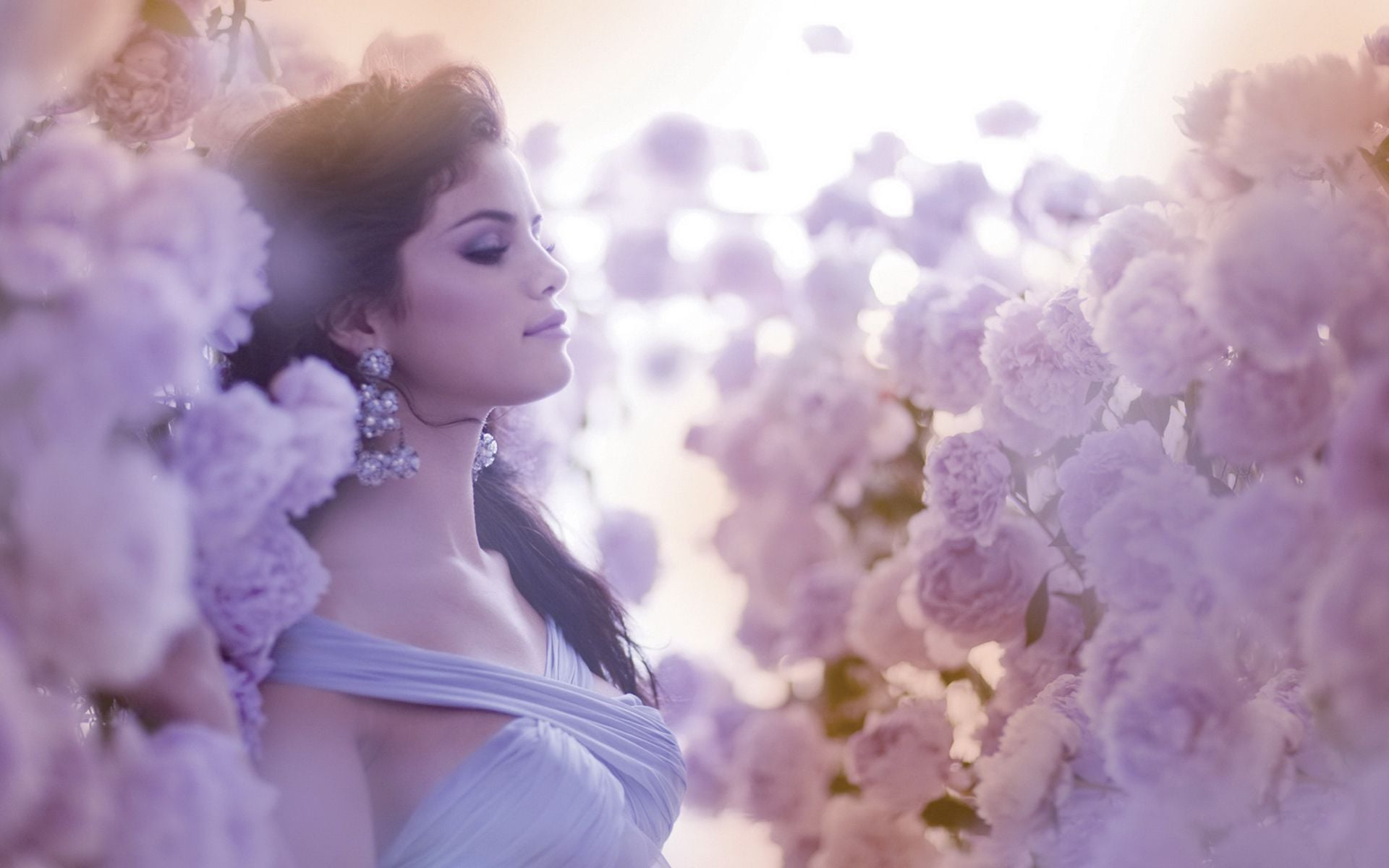 Selena Gomez with flowers