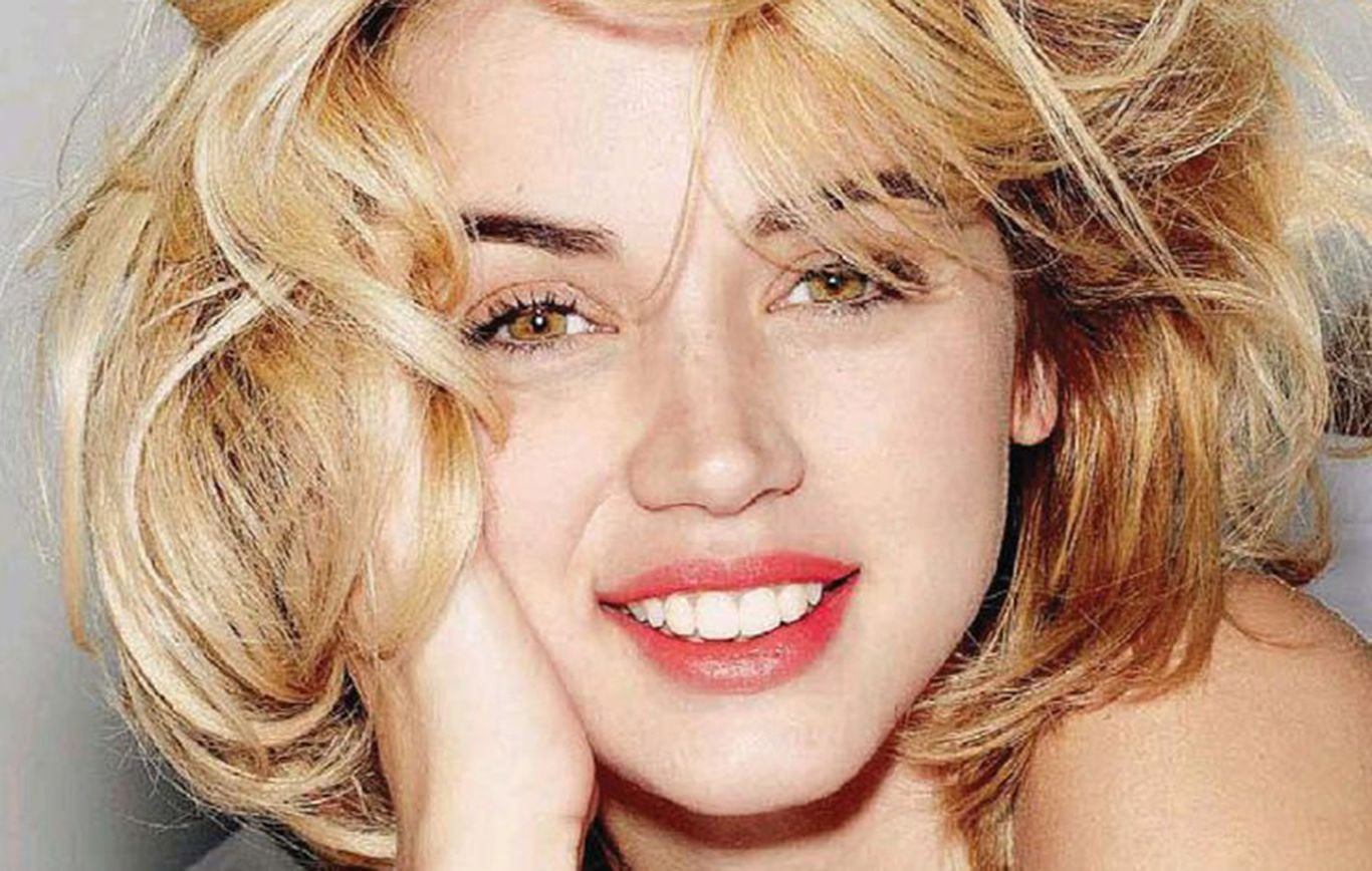Smile Of Ana De Armas New Wallpapers Full HD