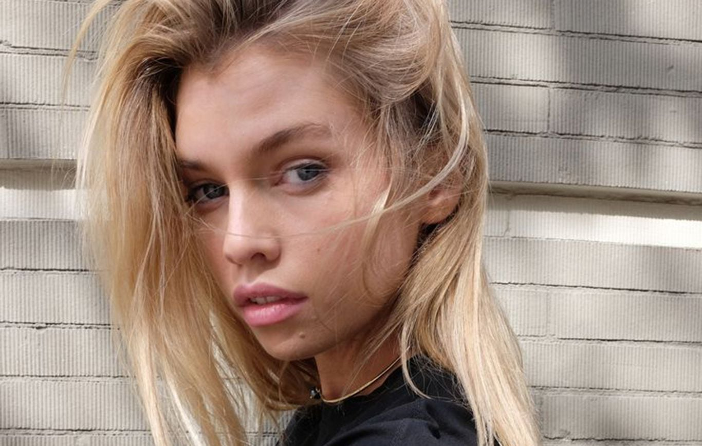 Stella Maxwell background