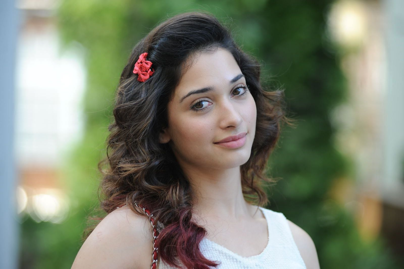 Tamannaah Bhatia themes for PC