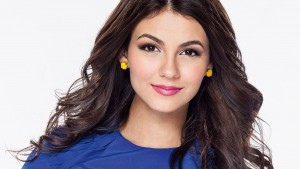 photo of Victoria Justice earrings