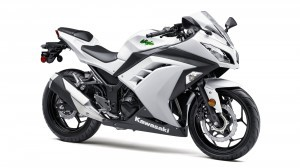 White Kawasaki Ninja 250r wallpapers