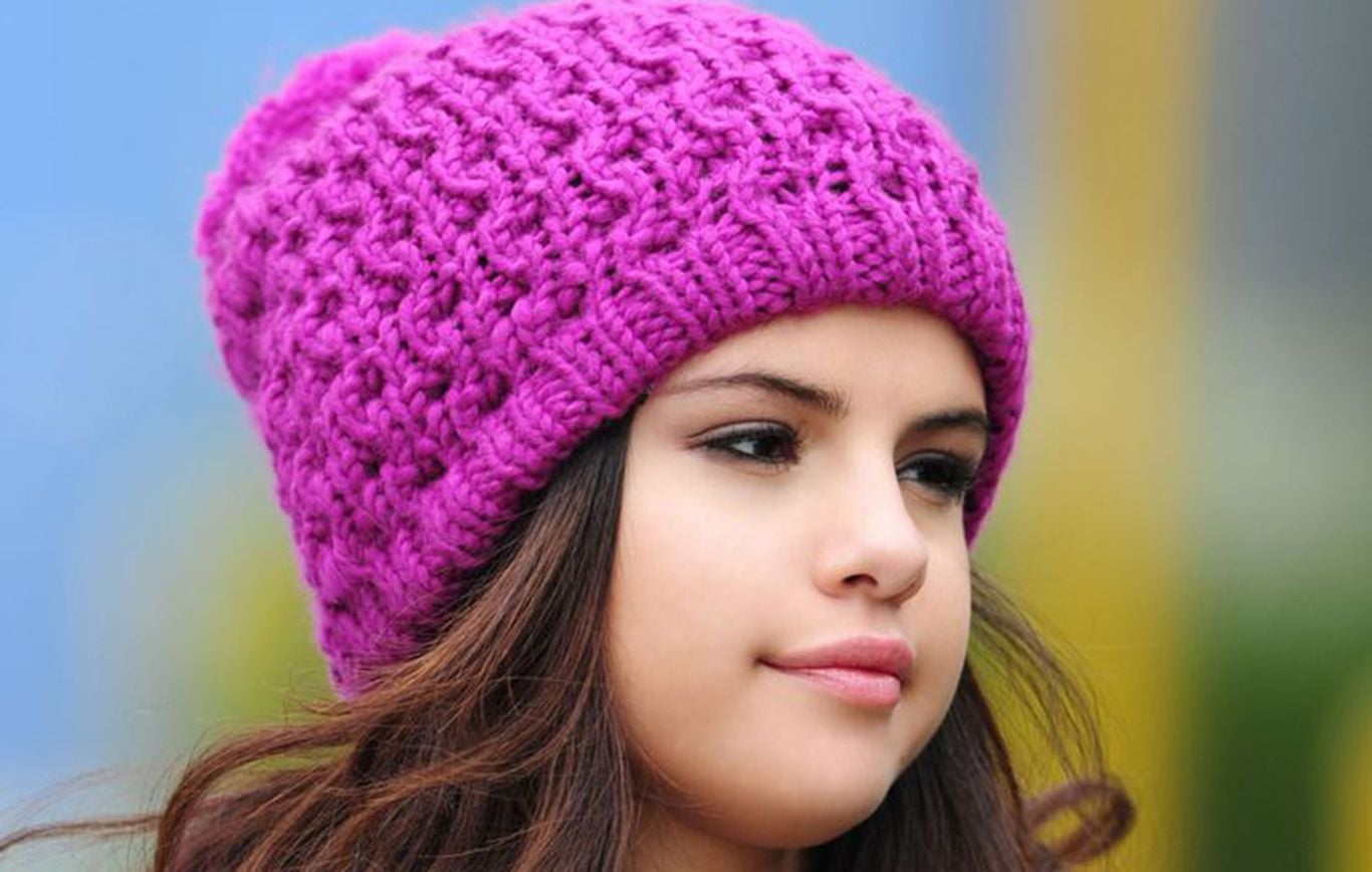 Young Selena Gomez HD for desktop